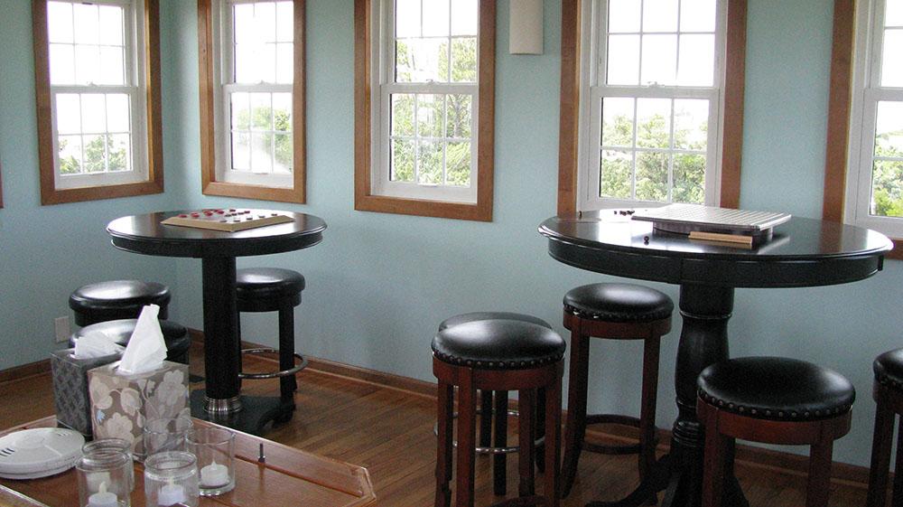 the berkley manor lookout room